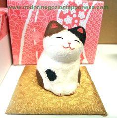 Gattino in ceramica e carta giapponese dall'effetto morbido e delicato   #ManekiNeko #MidoriNegozioGiapponese