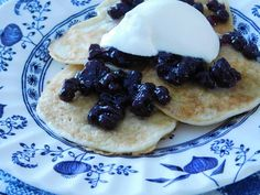 Buttermilk Pancakes with Wild-Blueberry Fruit Spread
