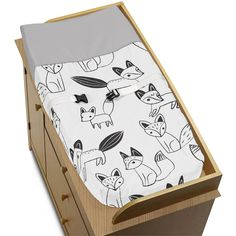 https://truimg.toysrus.com/product/images/sweet-jojo-designs-black-white-fox-collection-changing-pad-cover--7BE330B9.zoom.jpg