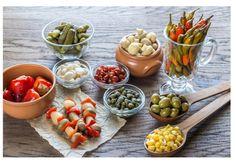 """Encurtir es uno de los procesos de conservación de alimentos más antiguos que existen y según el director de Aceitunas Bernal, Manuel Bernal, un encurtido """"es cualquier producto cu"""