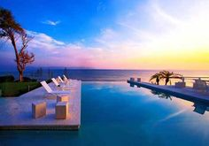 What a view. #sunset #pool #glamour