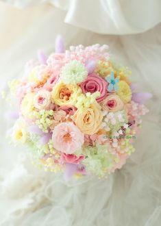 Pastel Bouquet, Pastel Flowers, Dried Flowers, Beautiful Flowers, Spring Wedding Bouquets, Bride Bouquets, Bridesmaid Bouquet, Shade Flowers, Prom Flowers