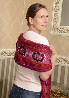 Dieser schöne schöne Schal aus Häkel und Strick wurde aus Alpaka und Silky Bamboo von Kremke Soul Wool gefertigt. Das Garn findet ihr hier: www.schmeichelgarne.de