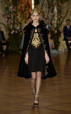 ~ Living a Beautiful Life ~ Dolce & Gabbana Alta Costura Primavera/Verano 2015