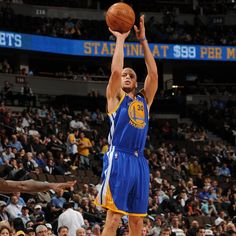 Stephen Curry... Heard a lot about this guy but haven't seen him play much.