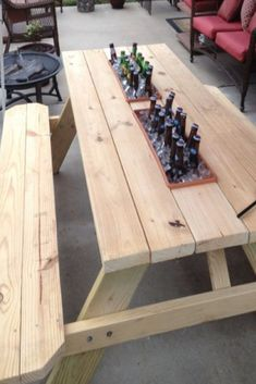 How to Build a from wood with woodworking plans! *not every pic or post is in the wood plans package Picnic Table Plans, Coffee Table Plans, Desk Plans, Wood Plans, Carpentry Projects, Wood Projects, Woodworking Projects, Diy Crafts, How To Plan