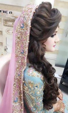 58 Trendy Ideas For Pakistani Bridal Makeup Faces Pakistani Bridal Hairstyles, Bridal Hairstyle Indian Wedding, Pakistani Bridal Makeup, Bridal Hair Buns, Bridal Dress Design, Pakistani Wedding Outfits, Indian Hairstyles, Bridal Outfits, Bride Hairstyles