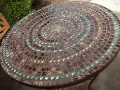 Mosiac table. I want to make this.