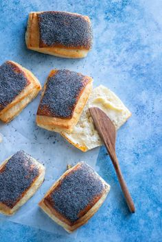 Smörfrallor - My Kitchen Stories Snack Recipes, Cooking Recipes, Cooking Bread, Danish Food, Sweet Bakery, Savoury Baking, Swedish Recipes, Breakfast Snacks, No Bake Desserts