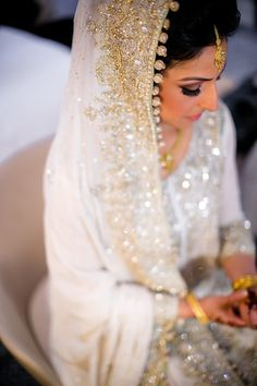 via BeautifulSouthAsianBrides tumblr. Photo by:Rima Darwash