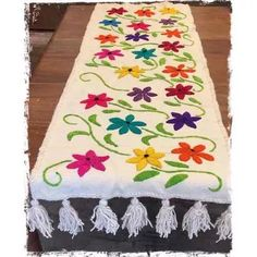 Marvelous Crewel Embroidery Long Short Soft Shading In Colors Ideas. Enchanting Crewel Embroidery Long Short Soft Shading In Colors Ideas. Mexican Embroidery, Crewel Embroidery Kits, Embroidery Needles, Hand Embroidery Patterns, Machine Embroidery, Mexican Fabric, Fabric Painting, Needlework, Bargello