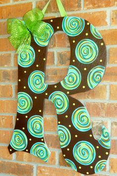 Large Door Hanger Letters with Bows Letter Door Hangers, Initial Door Hanger, Wooden Door Hangers, Painted Letters, Wood Letters, Painted Wood, Painted Monogram, Kids Letters, Painted Initials