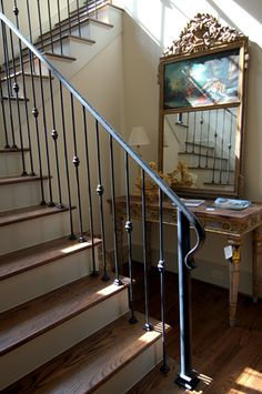 stylsish iron handrail and banister for a traditional staircase Stair Railing Ideas banister Handrail iron Staircase stylsish traditional Iron Staircase Railing, Modern Stair Railing, Wrought Iron Stair Railing, Stair Railing Design, Metal Stairs, Modern Stairs, Railing Ideas, Banisters, Iron Spindles