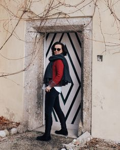 Klassisches Outfit mit etwas Farbe und Tradition Personal Style, Tumblr, Blog, Fashion Advice, Beautiful Life, Classic Outfits, Womens Fashion, Colors, Nice Asses