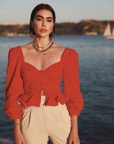Style cute outfits The Summer Style Detail Influencers have Embraced Brittny Xavier Red Puff Sleeve Blouse Song of Style Classy Outfits, Trendy Outfits, Summer Outfits, Cute Outfits, Fashion Outfits, Song Of Style, Look Fashion, Fashion Design, Crop Top Outfits
