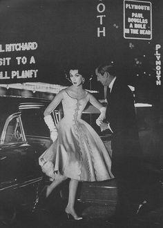 Dovima Harper's Bazaar, August 1957