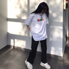 Apr 2020 - Source of zayanyaz T-Shirts Tomboy Outfits Baby Oversize shirt soldrelax Source Tshirts white zayanyaz Indie Outfits, Edgy Outfits, Retro Outfits, Cute Casual Outfits, Vintage Outfits, Fashion Outfits, Fashion Tips, 90s Fashion, Black Converse Outfits