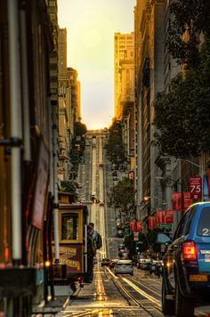 California Street, San Francisco-one of my favorite places! San Francisco California, California Dreamin', Places To Travel, Places To See, Travel Local, Wonderful Places, Beautiful Places, Beautiful Streets, Places Around The World