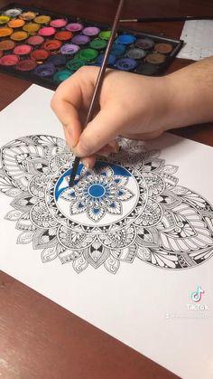 Mandala Art Therapy, Mandala Art Lesson, Mandala Artwork, Mandala Painting, Mandala Sketch, Watercolor Mandala, Mandala Drawing, Design Art Drawing, Doodle Art Drawing