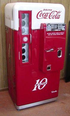 vintage coke machine <3