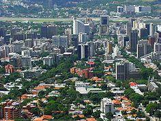 Venezuela, Caracas - Vista de Altamira, municipio Chacao.