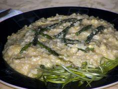 Risotto con Asparagi Selvatici ed Aglietto Fresco - http://cucinasuditalia.blogspot.it/2012/04/risotto-con-asparagi-selvatici-ed.html