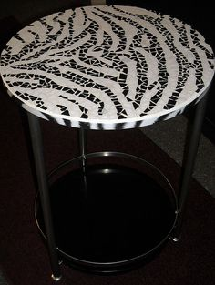 HANDMADE Mosaic Zebra pattern safari round bistro table, end table patio or… Mirror Mosaic, Mosaic Diy, Mosaic Garden, Mosaic Crafts, Mosaic Projects, Mosaic Glass, Mosaic Tiles, Glass Art, Stained Glass