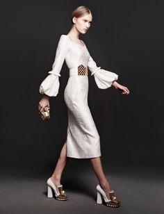 Robe de style ARTISTE pour les mariées qui veulent exprimer leur originalité, leur créativité, leur unicité.