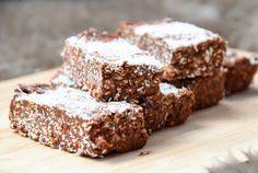 selbstgemachte Schokoladen-Proteinriegel