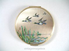 Vintage Stratton powder compact flying ducks by VintageImageBox