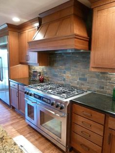 modern kitchen stone backsplash