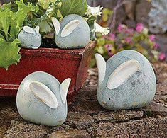 Adorable garden rabbits made from stones and shells!