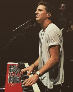 """Mi piace"": 439.9 mila, commenti: 4,569 - Charlie Puth (@charlieputh) su Instagram: ""Good morning"""