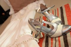 Novia: Ada Perez Pulti Zapatos: Laila Frank. #LailaFrank #shoes #design  #party #Bride #Bridal #Wedding #novia #boda #casamiento #zapato #tacos #elegant #style #Love