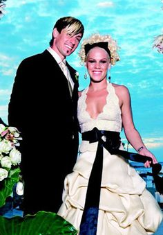 Pink married Carey Hart on January 7, 2006 at the Four Seasons Resort Costa Rica at Peninsula Papagayo.