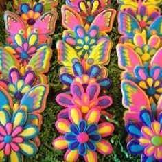 Spring cookies by Sara Belle's Bakery!!