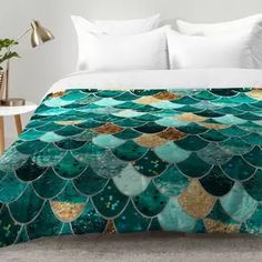 Check out the best mermaid bedding and quilt sets for your beach themed bedroom. For everyone who loves mermaid decor and home themes, these mermaid duvet covers, quilts, and comforter sets are amazing. Teal Bedding, Duvet Bedding, Crib Bedding Sets, Comforter Sets, Comforters, Hippie Bedding, Coastal Bedding, Brown Comforter, Modern Bedding