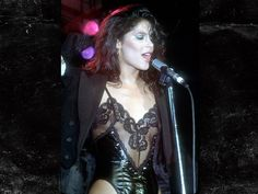 Vanity, born Denise Katrina Matthews, was a member of girlband Vanity 6 Beautiful One, Beautiful Black Women, Vanity 6, Vanity Singer, Denise Matthews, Purple Rain, Female Singers, Sensual, Stevia