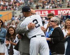 A 'forever grateful' Joe Torre honored at Stadium as Yankees retire his No. Cute Baseball Hats, Baseball Treats, Baseball Game Outfits, Baseball Games, Cute Hats, Baseball Players, Joe Torre, Softball Shirts, Home Sport