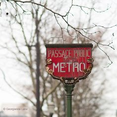 Metro Sign, Madelaine Station