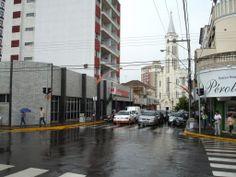 Centro de Birigui em um dia chuvoso