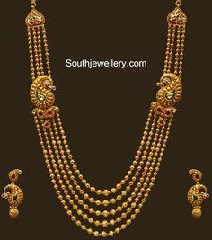 bridal jewelry for the radiant bride Jewelry Design Earrings, Gold Earrings Designs, Gold Jewellery, Temple Jewellery, Rajput Jewellery, Maharashtrian Jewellery, Jewellery Designs, Gold Bangles, Pendant Jewelry