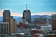 Syracuse, NY -- Laurie Halse Andersons's _speak_