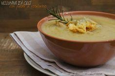 La vellutata di ceci e patate è un primo piatto caldo e gustoso perfetto per il freddo delle giornate invernali. Ricetta vellutata di ceci e patate vegana