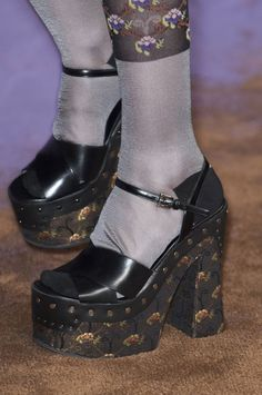 Prada at Milan Fashion Week Spring 2015 - Details Runway Photos Dr Shoes, Sock Shoes, Me Too Shoes, Aesthetic Shoes, Aesthetic Clothes, Pretty Shoes, Cute Shoes, Outfits Winter, Vogue