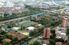 Cancha sintética Politécnico Jaime Isaza Cadavid FIFA Recommended