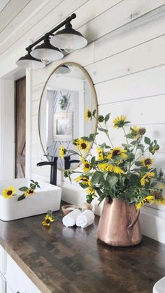 Bathroom Wall Sconces, Hall Bathroom, Master Bathroom, Bathroom Styling, Bathroom Interior Design, Future Vision, Retro Halloween, Modern Farmhouse Bathroom, Ranch Style Homes