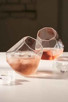 The leaning Diamond Glass Set from #UrbanOutfitters look great when used for refreshing cocktails or straight whiskeys.