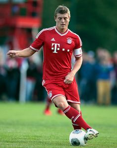 REGEN, GERMANY - JUNE Toni Kroos of Bayern Muenchen in action during of the friendly match between TSV Regen and FC Bayern Muenchen at Bayerwald Stadium on June 2013 in Regen, Germany. (Photo by Johannes Simon/Bongarts/Getty Images) German Football Players, Soccer Players, Fc Bayern Munich, Toni Kroos, Fc Porto, June 30, Light Of My Life, Sports Stars, Action