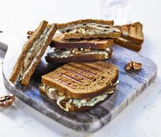 Tylö sandwich – grillad kavring med päron och ädelost | Recept ICA.se Grits, French Toast, Sandwiches, Veggies, Yummy Food, Breakfast, Recipes, Ska, Morning Coffee